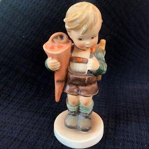 "Hummel Figurine #80 ""little Scholar"""